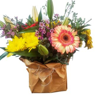 Mixed flower-Arrangement